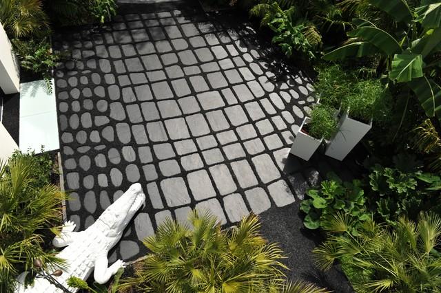 Jungle chic exotique jardin angers par w a y s jardins et terrasses autrement for Jardin japonais angers