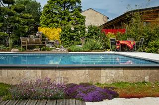 l 39 habillage du jardin moderne jardin nancy par pauchard paysages. Black Bedroom Furniture Sets. Home Design Ideas