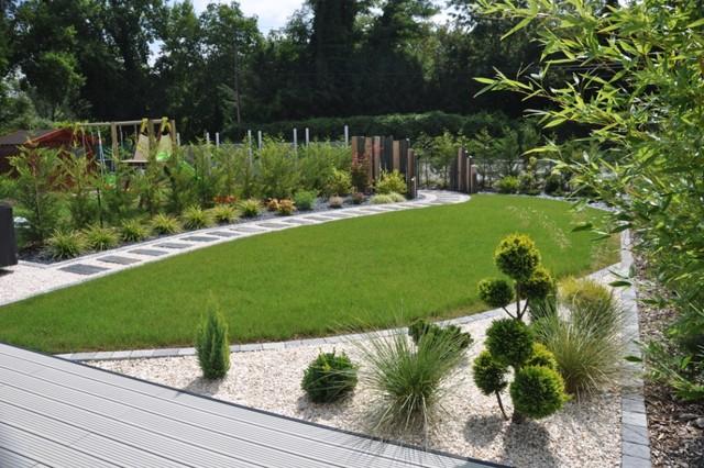 Petit jardin contemporain contemporain autres p rim tres par design jardins for Deco jardin contemporain