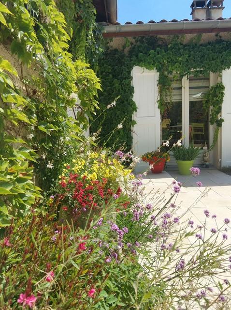 Rénovation complète terrasse + piscine - Klassisch modern ...