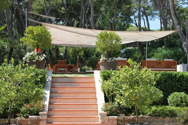 Toiles solaires jardins m diterran en jardin nice par architecture terrasse toiles - Terrasse jardin municipal nice ...