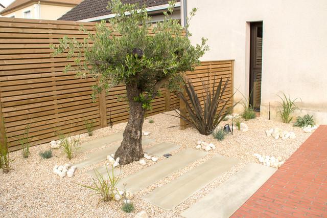 un jardin pur. Black Bedroom Furniture Sets. Home Design Ideas