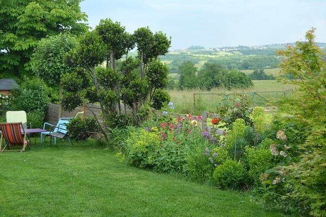 un jardin ouvert sur la campagne campagne jardin autres p rim tres par mon jardin en ligne. Black Bedroom Furniture Sets. Home Design Ideas