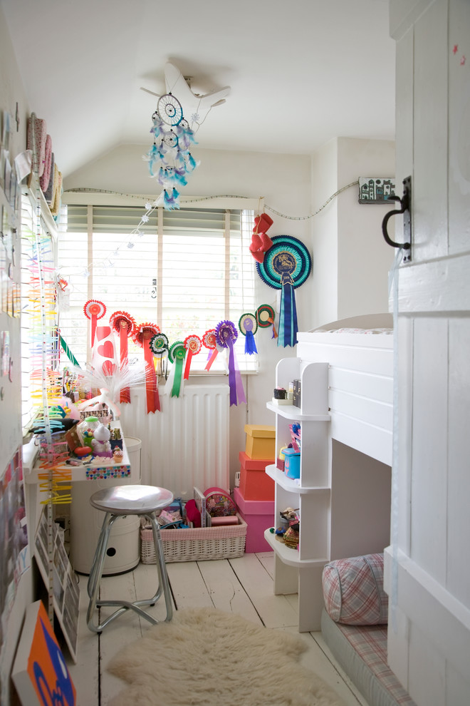 Inspiration for a small eclectic kids' bedroom remodel in London