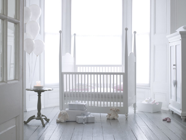 Hestia Four Poster Cot contemporary kids