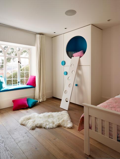 Kids' bedroom - contemporary medium tone wood floor kids' bedroom idea in Oxfordshire