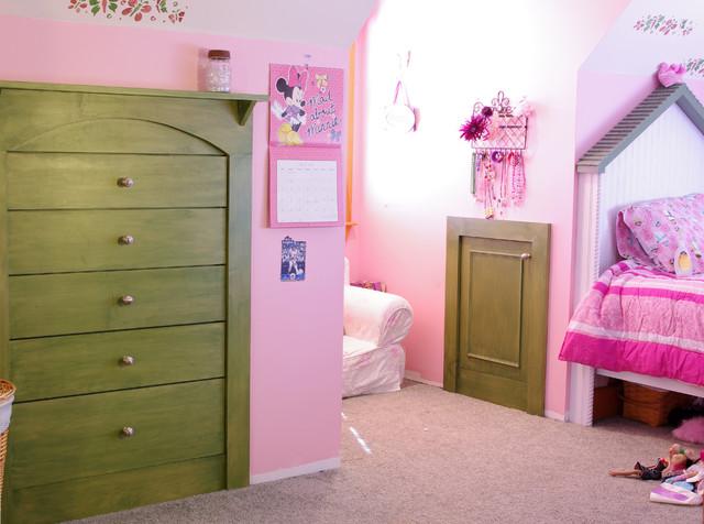 Amanda's Bedroom traditional-kids