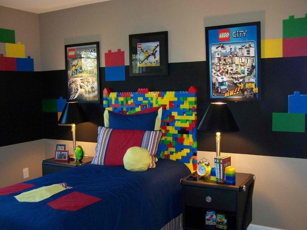 Inspiration for a contemporary boy kids' bedroom remodel in Atlanta with multicolored walls