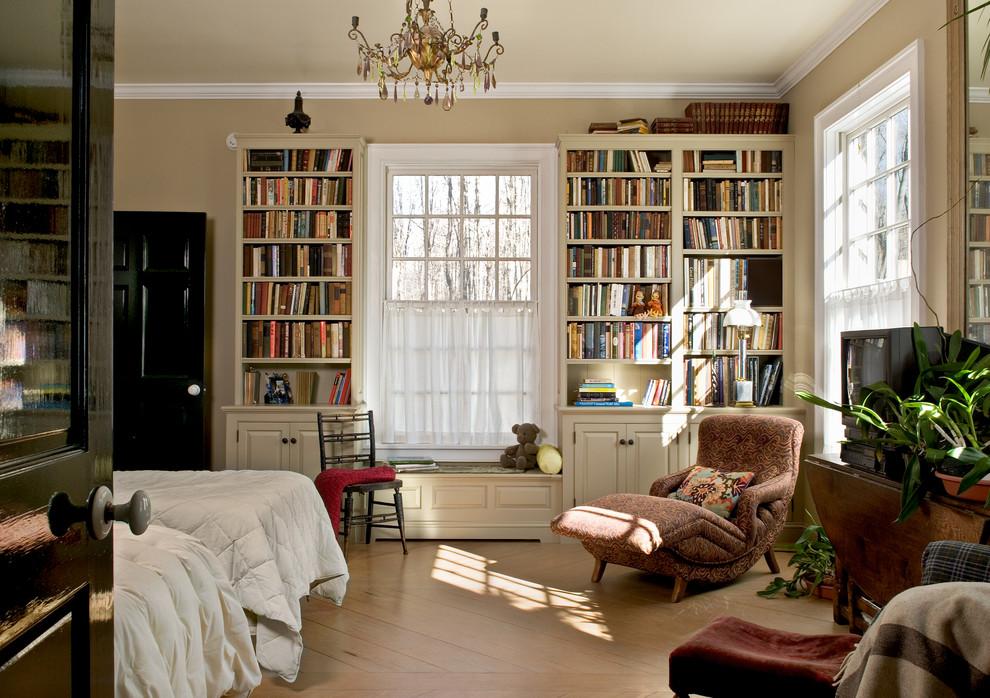 Country gender-neutral light wood floor teen room photo in New York with beige walls