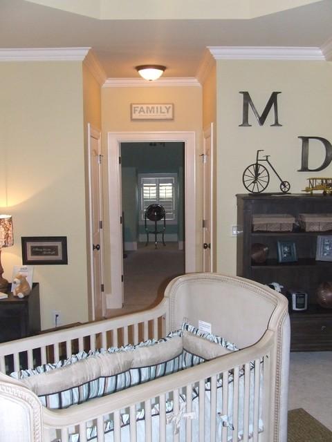 Baby Boy's Nursery traditional-kids