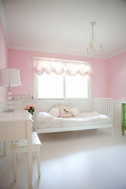 Ballet Girls Bedroom traditional kids
