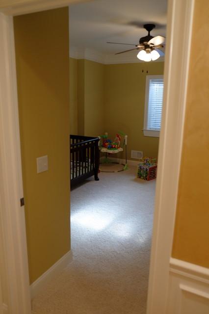 Basement bedroom traditional-kids