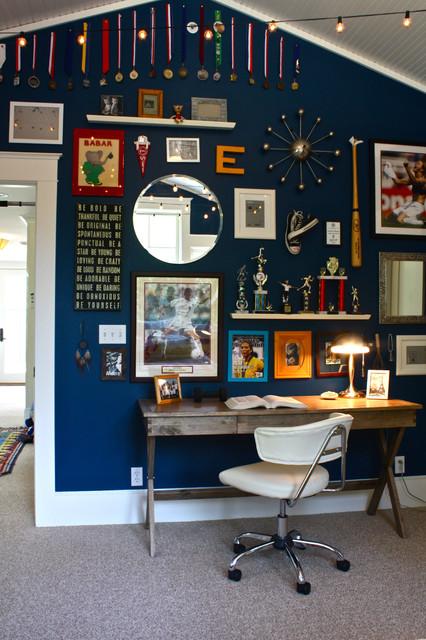 Elegant gender-neutral carpeted kids' room photo in San Francisco with blue walls
