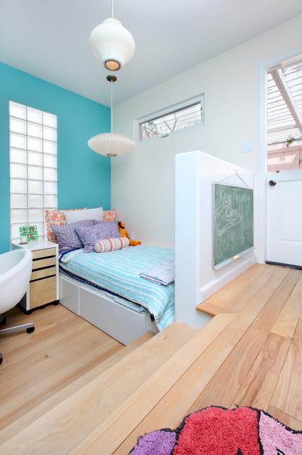 Bedrooms tropical-kids