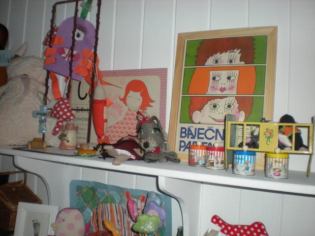 Bella & Sofia's Room eclectic-kids