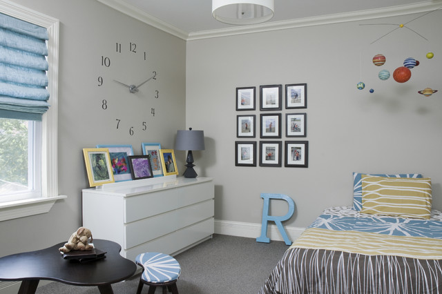 Trendy Gender Neutral Carpeted Kids Room Photo In Chicago With Gray Walls