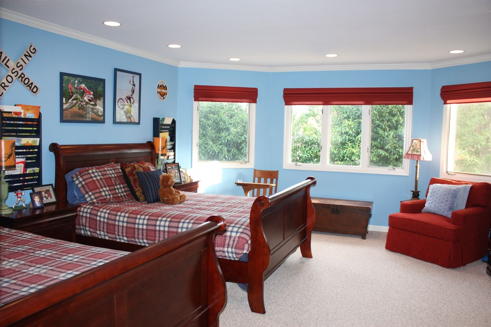 Inspiration for a timeless boy carpeted kids' bedroom remodel in San Francisco with blue walls
