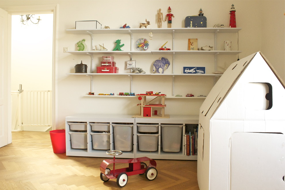 Example of a classic playroom design in Amsterdam