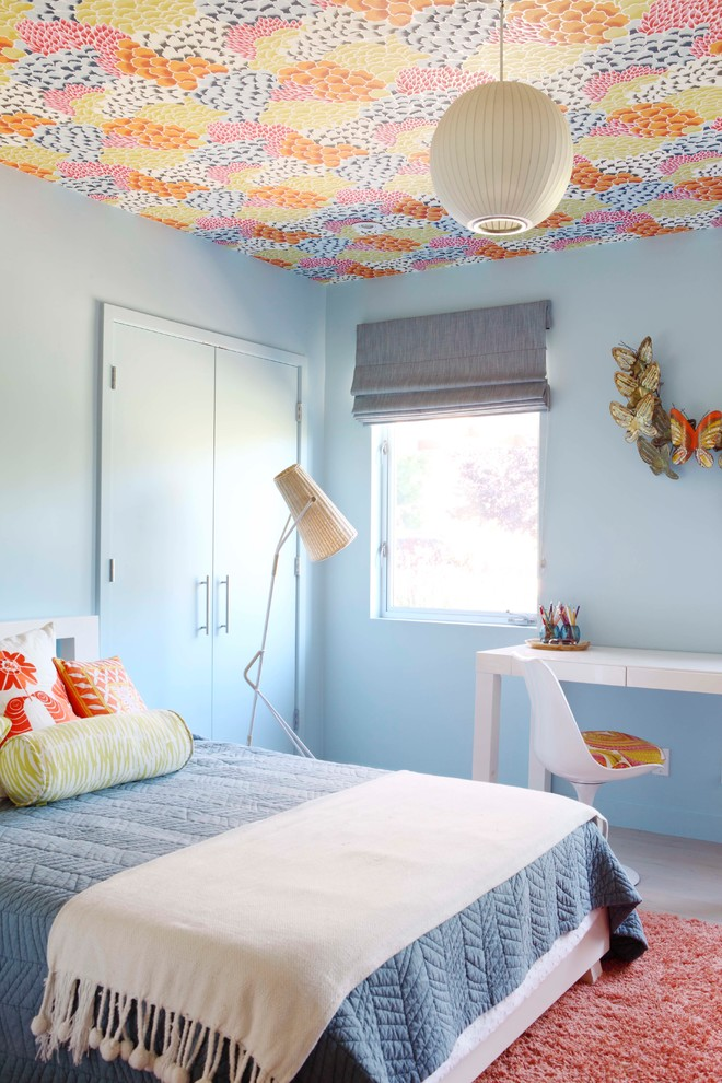 1960s kids' bedroom photo in Los Angeles with blue walls