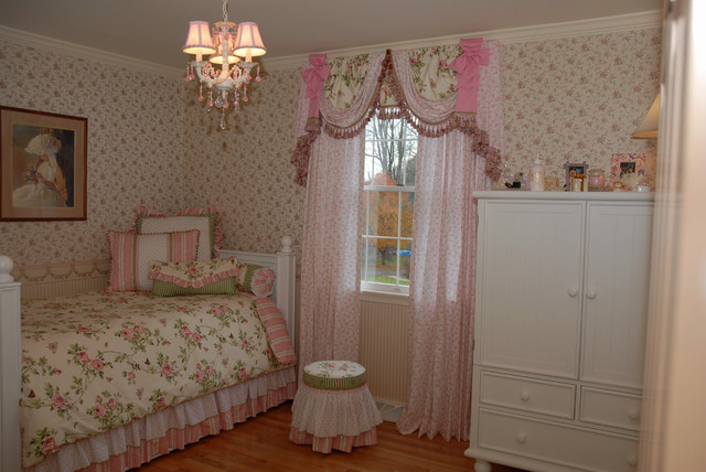Brzezowski Little Girls' Room traditional-kids