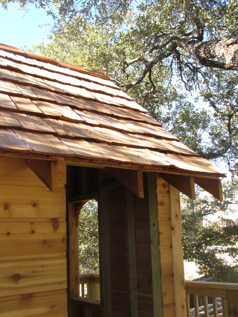 Cedar Shake Tree House traditional-kids