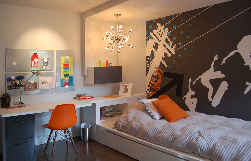 Kids' room - contemporary boy kids' room idea in Montreal