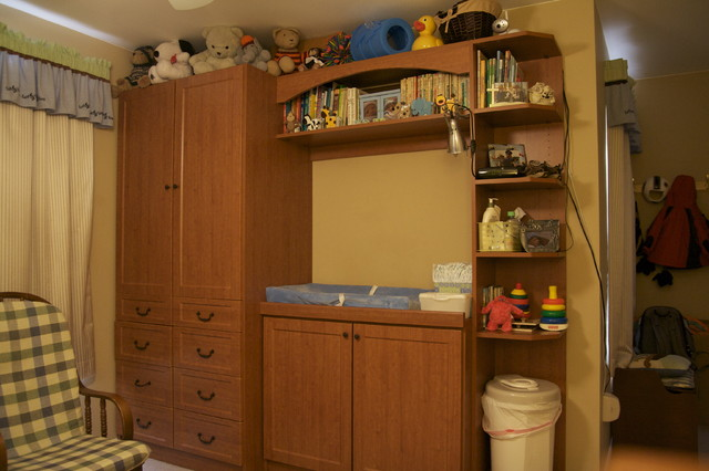 Changing Table traditional-kids