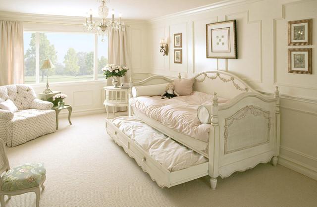 Charlotte's Room shabby-chic-style-kids