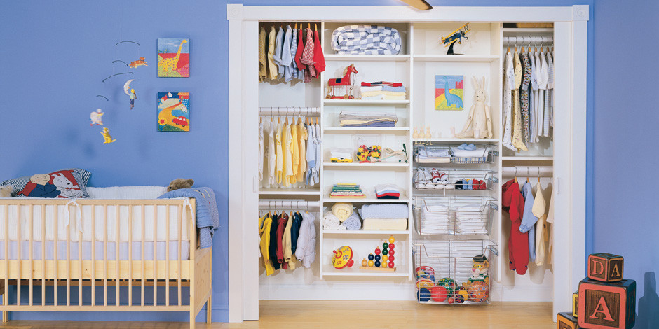 Kids' room - modern kids' room idea in Miami