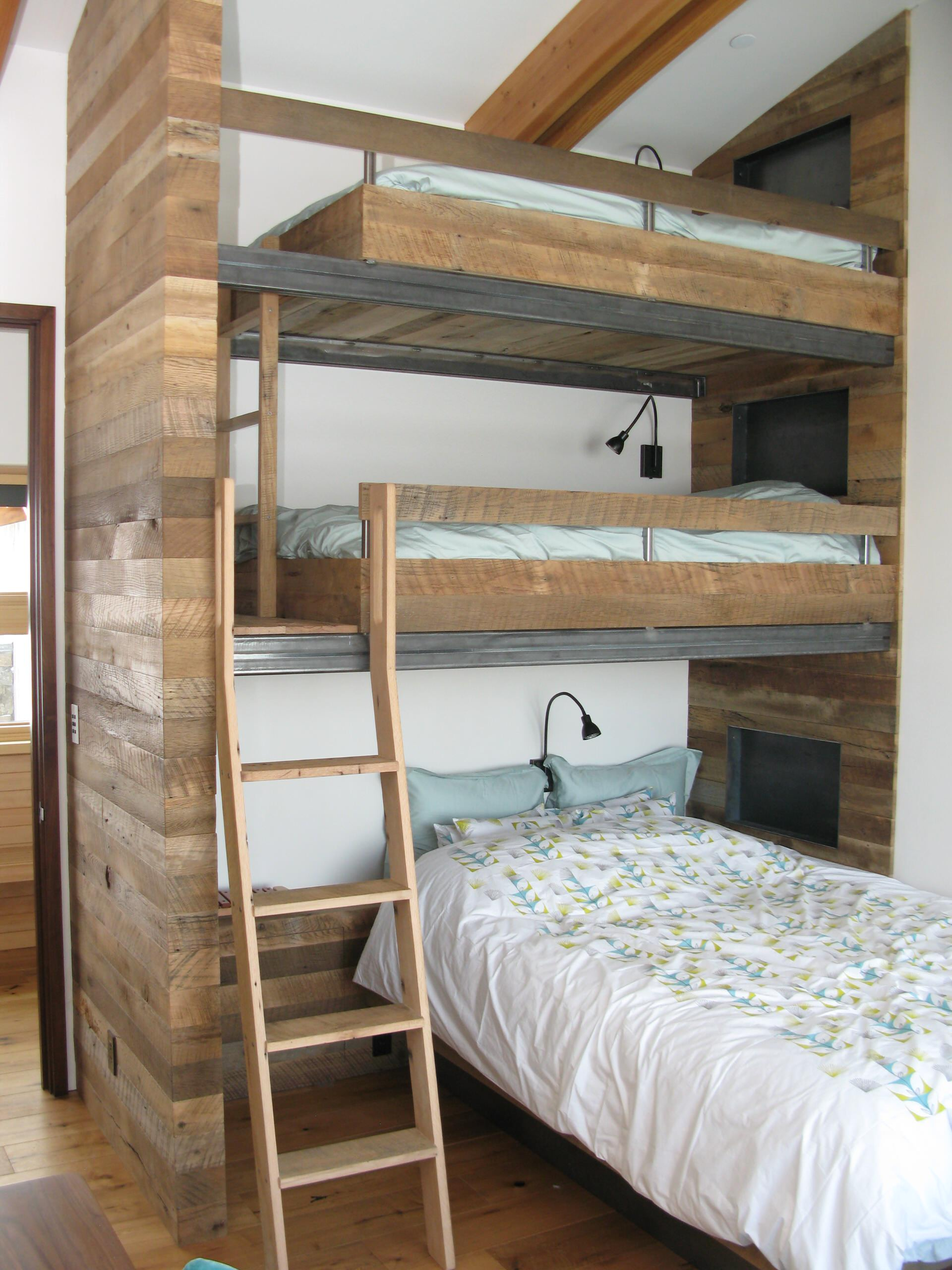 Picture of: Triple Bunk Bed Ideas Houzz