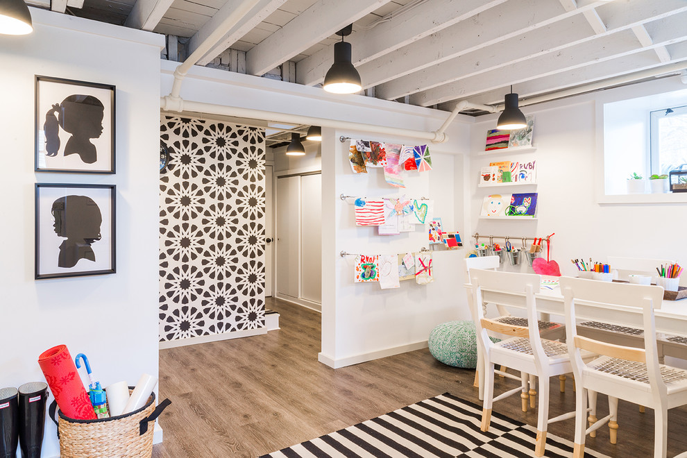 Example of a trendy kids' room design in Boston
