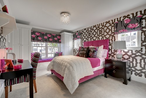 Warm Tones magenta bedroom