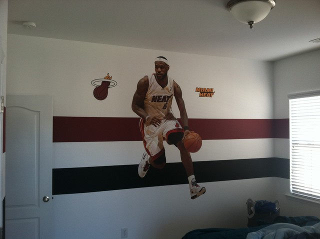 Custom painting- Striping (team colors) traditional-kids