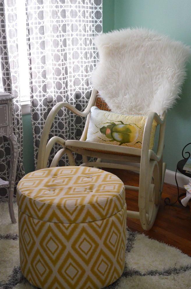 Example of an eclectic kids' room design in Dallas
