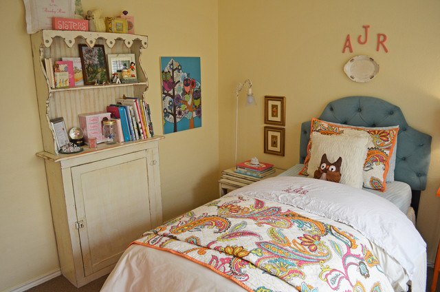 Inspiration for a timeless kids' bedroom remodel in Dallas