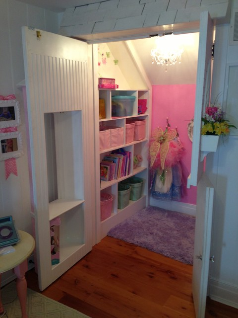 Doll House Closet Traditional Kids Toronto By