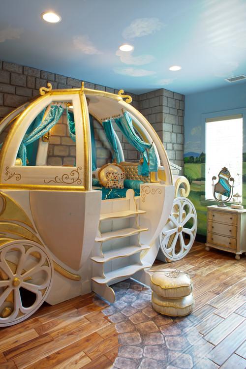 Детская для девочки дизайн кровати карета белая голубое небо потолок
