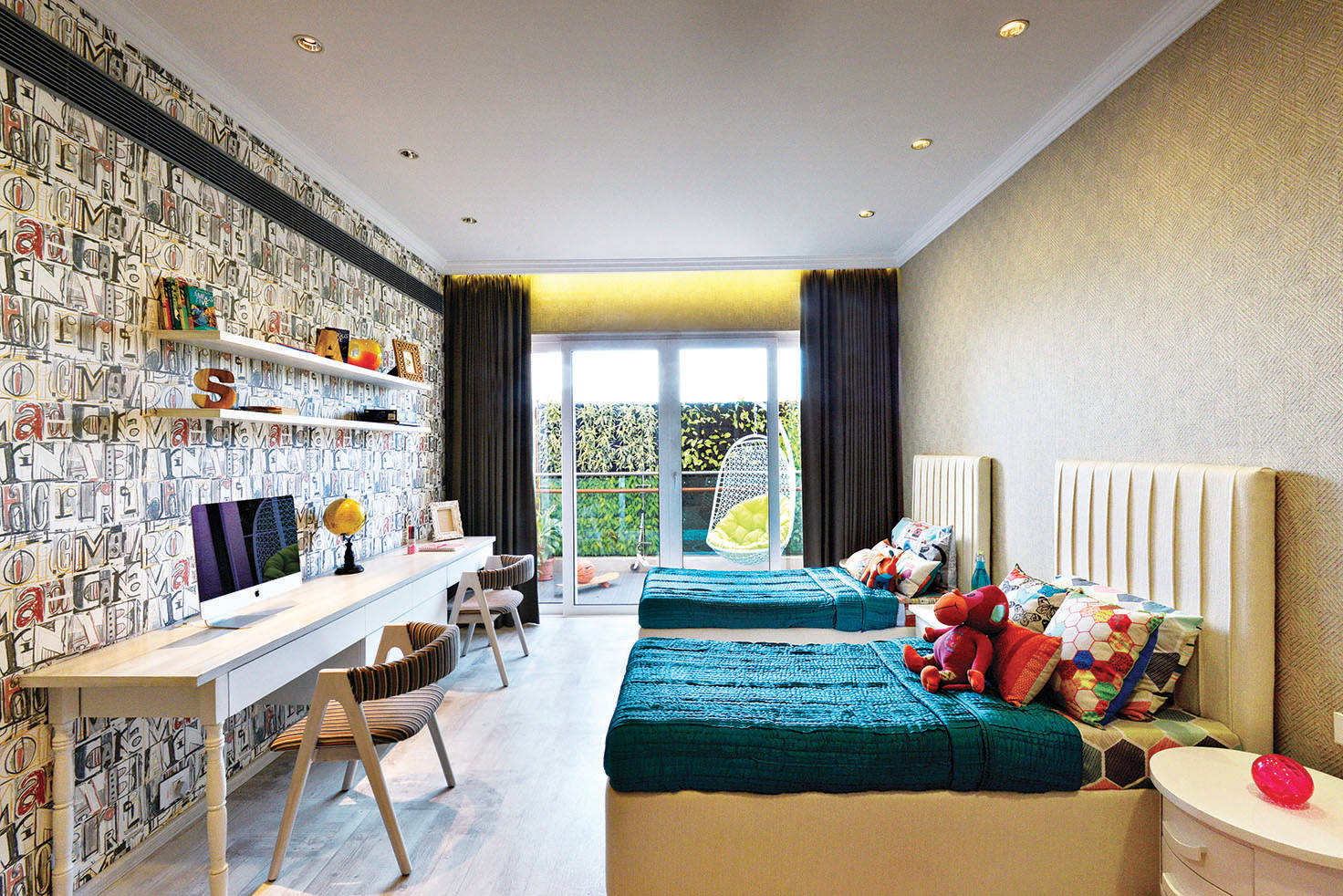 Study Table For Kids Bedroom Ideas And Photos Houzz