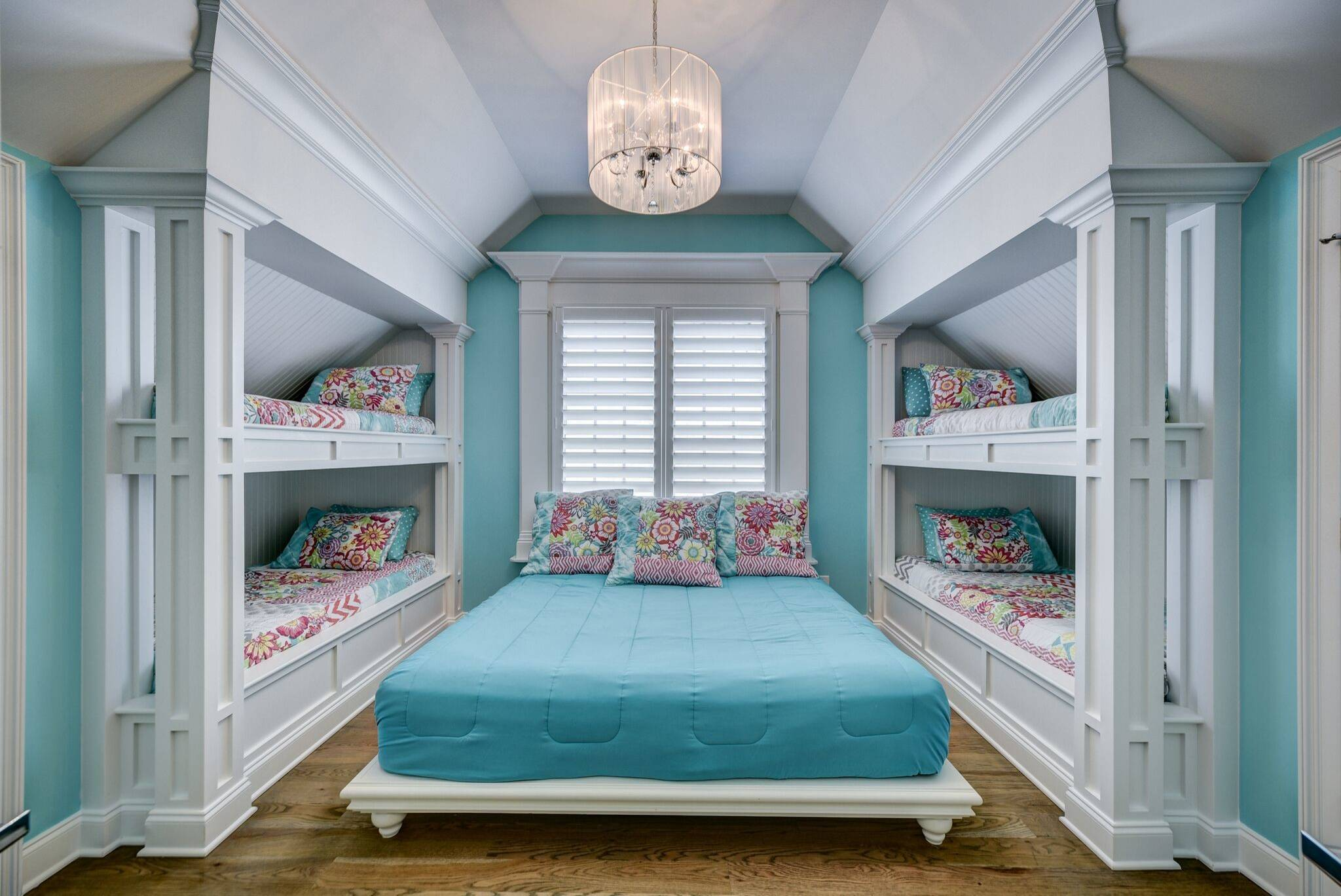 75 Beautiful Teen Room Pictures Ideas Color Turquoise March 2021 Houzz