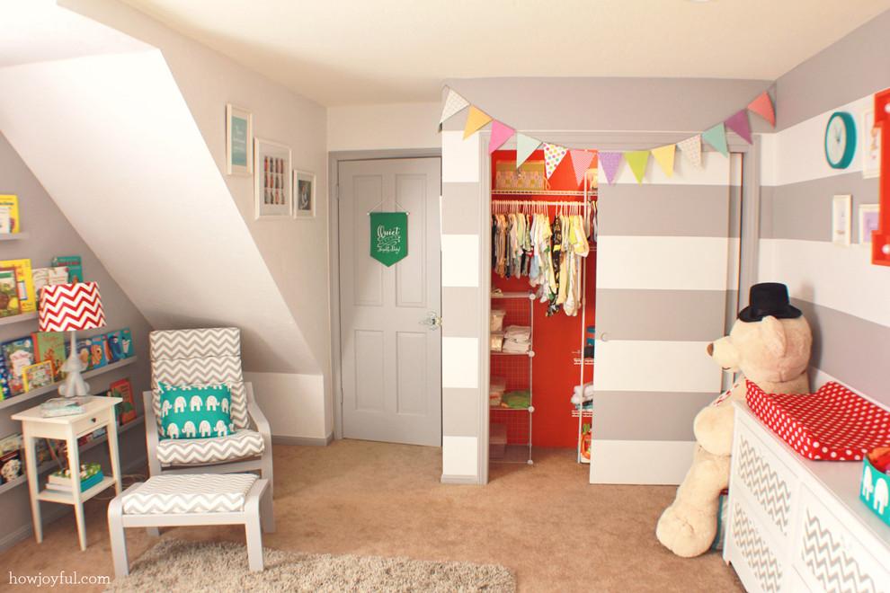 Kids' room - contemporary kids' room idea in Orange County