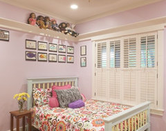Girl's bedroom contemporary-kids