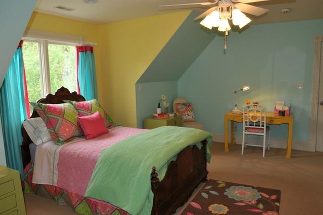 Girl's bedroom traditional-kids