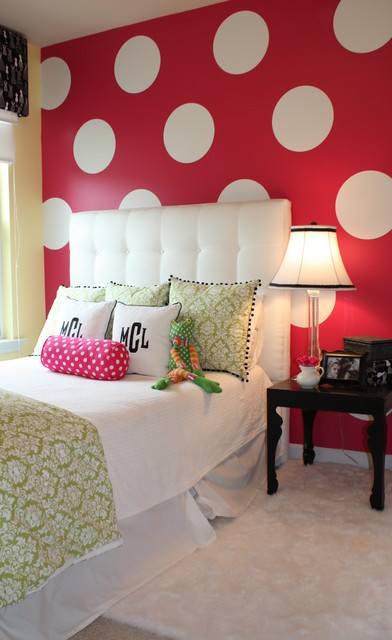 Girlu0027s Polka Dot Bedroom Contemporary Kids