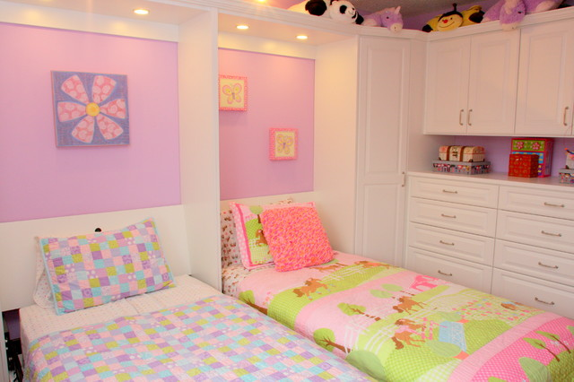 Girl 39 s shared bedroom traditional kids san francisco for Bedroom ideas for girls sharing a room