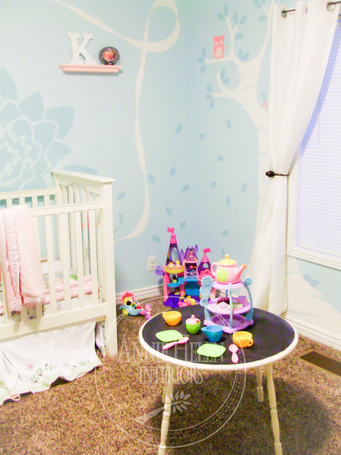 Girly & Vintage Bedroom contemporary-kids