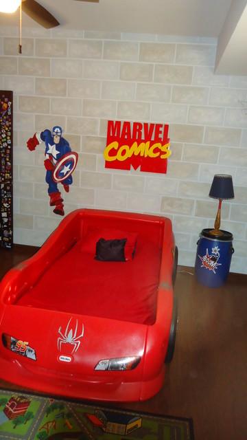 """Habitación infantil temática """"Superhéroes"""" contemporary-kids"""