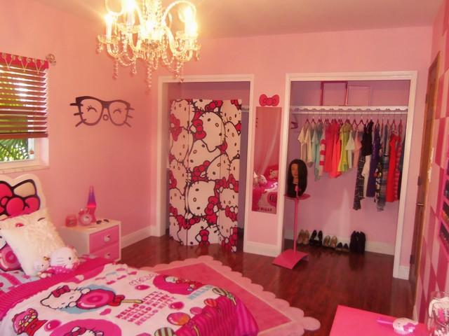 Hello Kitty Girl's Bedroom