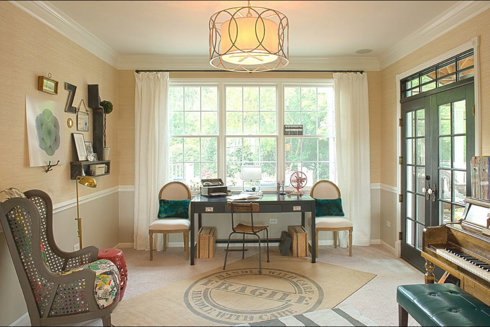 Inspiration for a shabby-chic style kids' room remodel in Chicago