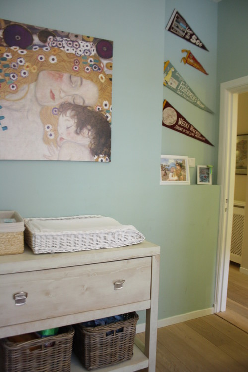 Houzz Tour: Cheerful family home shines with vintage touches