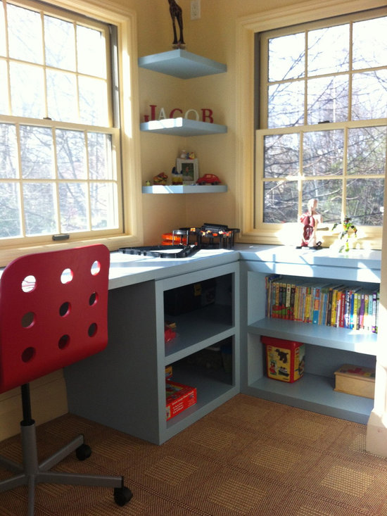 Floating Desk Shelves http://www.houzz.com/Kids-desk-Floating-shelves